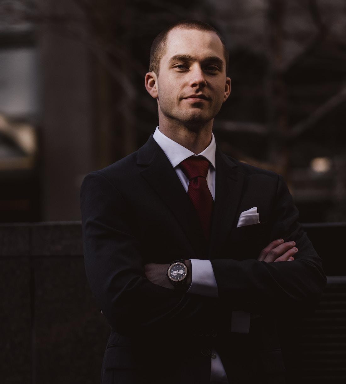 Dress code prawnika – najważniejsze zasady ubioru profesjonalisty