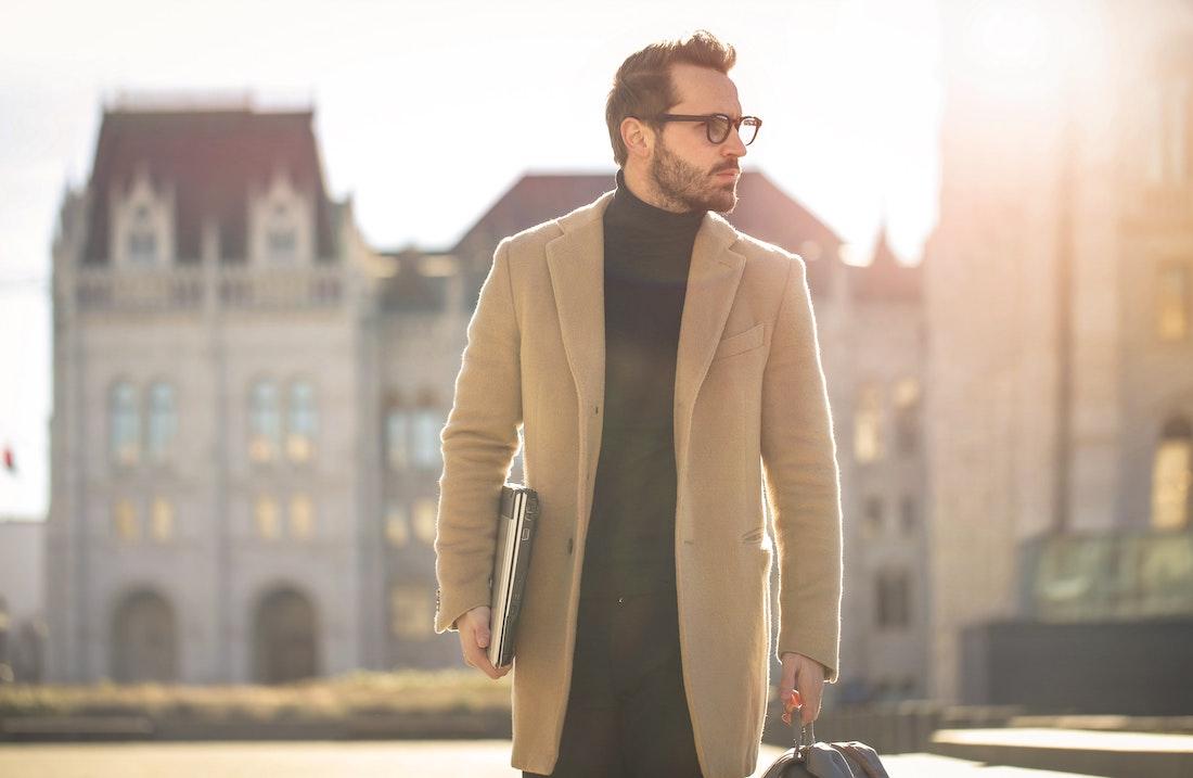 Płaszcz na jesień dla nowoczesnego mężczyzny