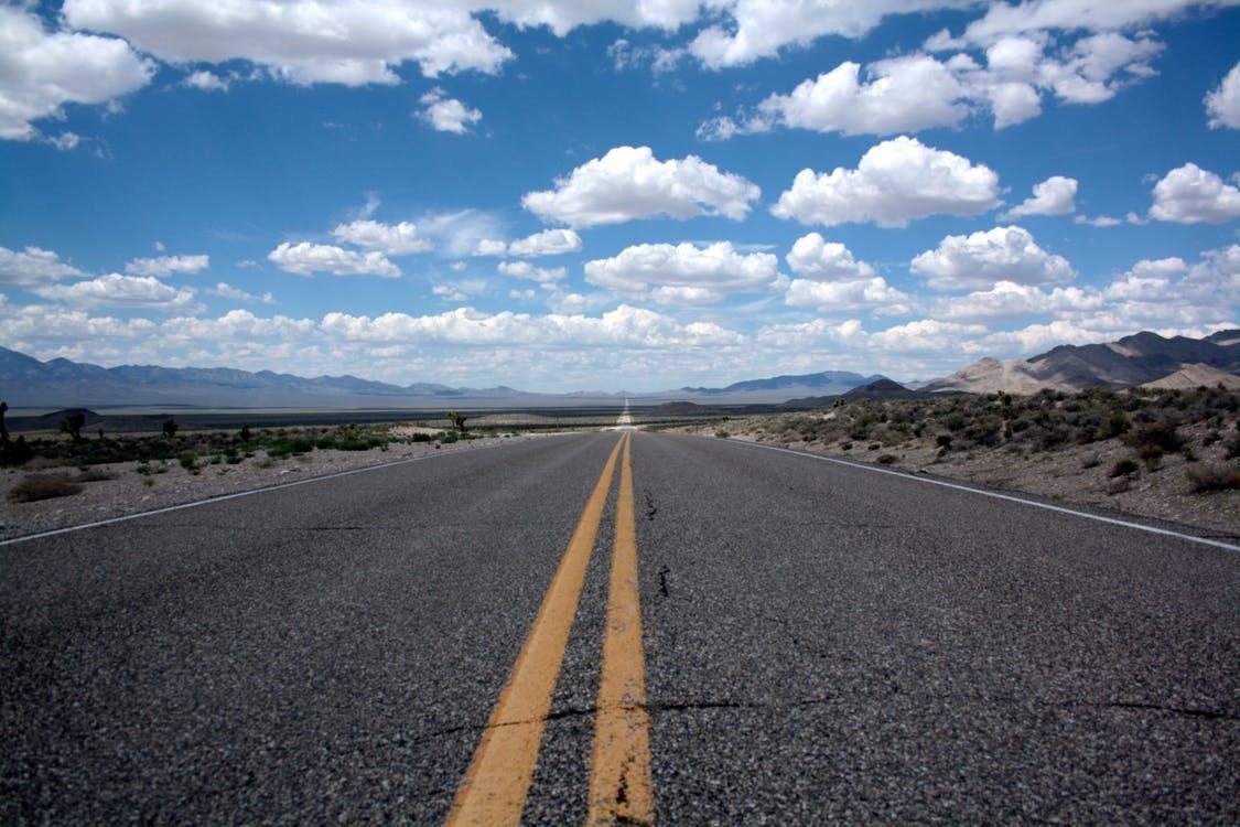 Cztery najpiękniejsze drogi krajobrazowe w Stanach Zjednoczonych